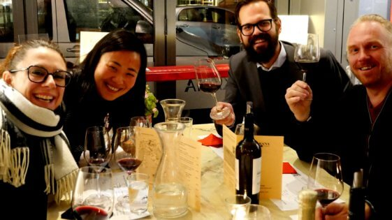 9 Weinseminar mit Freunden